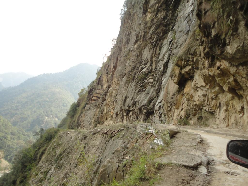 Nonexistent roads in North Sikkim Keep Us on the Edge of Our Seats